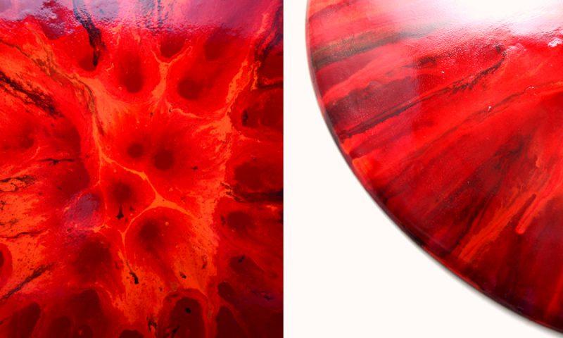 komotoのアート作品monoeye_redの表面